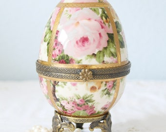 Rare Vintage Meander  Egg-Shaped Footed Trinket Box, Rose Decor, Real Gold Gilding