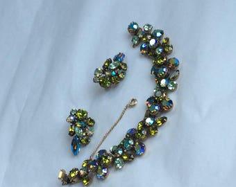 Fabulous signed Regency bracelet and earrings in olivine & chrysoprase stones