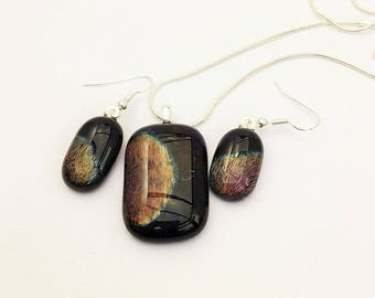 Mars - Beautiful handmade dichroic glass pendant and earring set