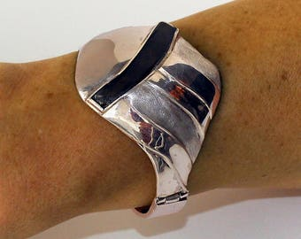 unique silver and slate bracelet