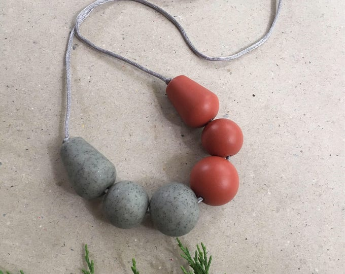 BIG SHOT NECKLACE// Handmade grey and rust polymer clay chunky bead necklace// Granite and terracotta // hypoallergenic necklace// #SN3033C