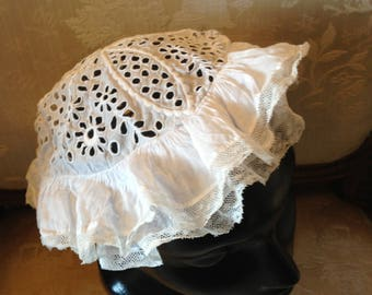 Muslin and lace cap. Edwardian. Good. For child.