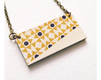 * Collection Aztec * graphic geometric pendant necklace mustard yellow and beige