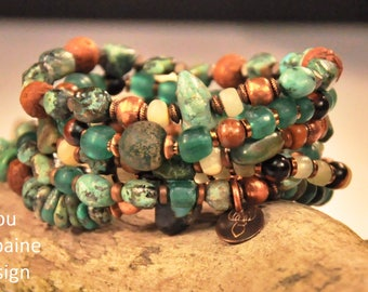 6 Bracelets made of green turquoises, africaines turquoise, recycled glass beads, ebony and Raktu seed beads, by Tribu Urbaine Design ®