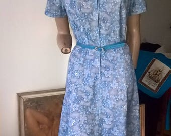 80s floral s/s zipper fronted casual day dress with belt size 12