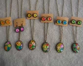 Necklace earrings set dry flowers love colors
