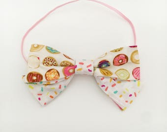 Baby girl bows ,donut bow ,sprinkle bow