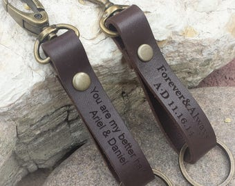 FREE SHIPPING-Leather Keychain, Personalized Keychain, Custom Key Holder, Engraved Leather Gift, Leather Key Ring, Personalized Gift For Dad