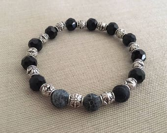 Silver Delight - Aromatherapy Essential Oil Diffuser Bracelet, Lava Beads, Silver and Crystal
