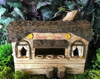 Miniature Fairy Daisy Diner