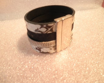 leather cuff great quality