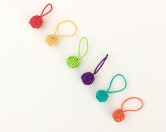 Stitch Markers HiyaHiya Rainbow Yarn Ball Stitch Markers, Rainbow Stitch Markers, Large Stitch Markers, Jumbo Stitch Markers 6 per Package