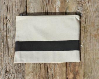 Women fabric bag / cotton linen / black / zippered bag / make-up / clutch bag / Christmas gift / birthday / Valentine's day