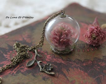 globe and real flower necklace