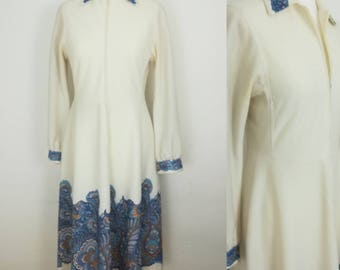 Vintage Womens Clothing Vintage Dress Size 10 Cream White Dress Long Sleeves 1970s Dress
