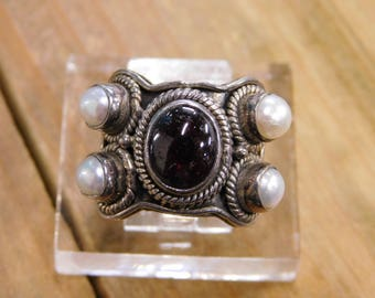 Vintage Clear Red Stone with Faux Pearl Sterling Silver Ring Size 7
