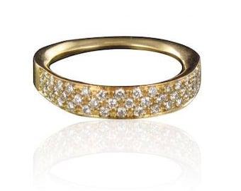 Diamonds 18K yellow gold wedding band