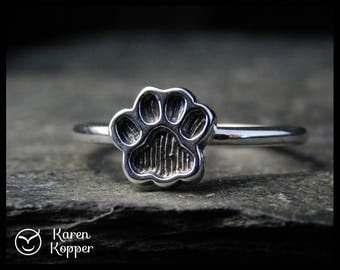 Size 7.5 ready to ship! Paw print sterling silver ring, cat paw ring, dog paw ring, bear paw ring. Stacking ring. 213