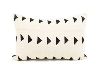 Handwoven, White African Mud Cloth Pillow cover, 12x18