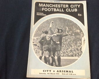 Manchester City v Arsenal Saturday 4th March 1972 football Programme
