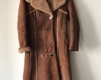 Elegant Long Vintage Brown Genuine Sheepskin Fur Coat Extra Warm And Comfy Women's Size Small.