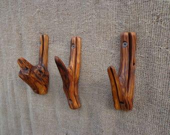 Natural Wooden Wall Hooks Set of 3, Rustic Towel Hook, Hats Hook, Handbag Hook, Coat Hook, Live Edge Holder, Natural Branch Hooks