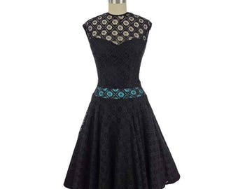 60s Black Spiderweb Lace Swing Dress-1960s Cocktail Party Dress-Bombshell-Gothic-Illusion Neckline-Full Skirt-Sweetheart Bodice-Small-S