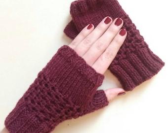 Burgundy mittens women hand knit