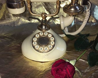 Vintage regal French phone