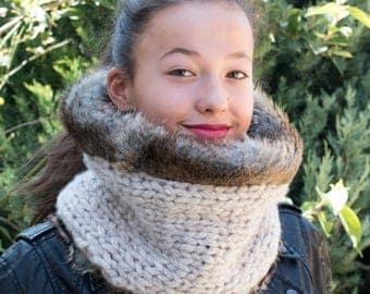 Faux fur scarf with hand knitted lining / Fur infinity scarf / Fur  scarf / Knit wool scarf / Womens reversible scarf / Fur cowl scarf