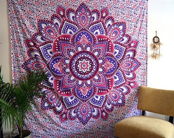 Wall Tapestries // Wall Tapestry // Boho Decor // Bohemian // Mandala // Queen Size // Dorm Room Decor // Queen Sized // Gypsy Bed Cover