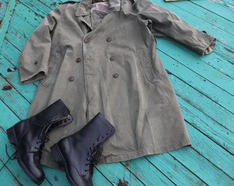 Trench coat / military