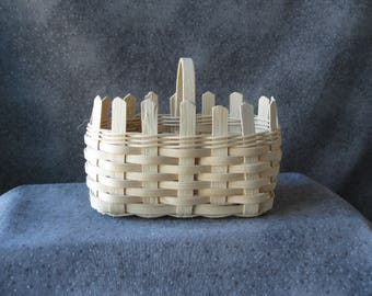 Small Picket Fence Basket