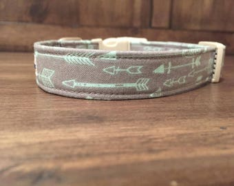 STRAIGHT ARROW - Adjustable Dog Collars, Cat Collars and Leashes from Wuppy Wear - Made to Order Dog Collars