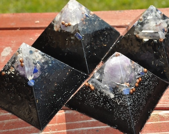 set of 4 Aesthetic quartz crystal Orgone Energy Pyramids for home decoration EMF protection improved sleep makes great gifts for everyone