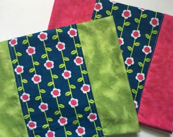 2-pk Bold Flower Burp Cloths