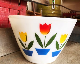 Fire King Tulip 9.5 Inch Mixing Bowl, 1950s Vintage Fire King