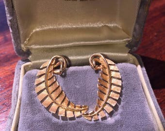14k Gold Vintage Feather Design Clip on Earrings** Original Box **