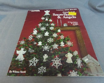 Crochet Patterns, Christmas Decor, Snowflakes and Angels, Leisure Arts 255, 12 Snowflakes, 4 Angel Designs, 1983