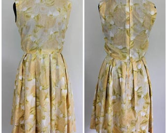 Vintage 1960s Yellow Rose Dress - AS IS 50s 60s Lightweight Pleated Dress - Size Small