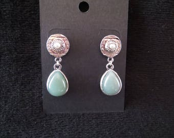 ethnic earrings with aventurine cabochons