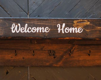 Wood Welcome Home Mailbox Mail Holder and Key Rack with 5 Hooks