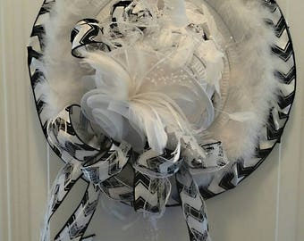 Derby Hat Wreath