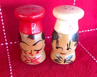 Salt and Pepper Shakers Vintage chef wood