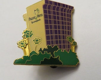 Disney Disneyland Pacific Hotel Pin
