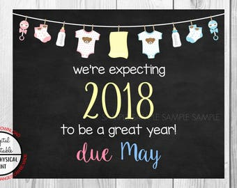 Pregnancy Announcement Sign, Pregnancy Reveal, Printable, we're expecting, Photo Prop, Instant Download, Chalkboard Sign, due May 2018