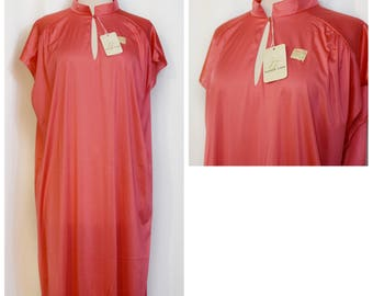 Vanity Fair Coral NOS Nightie Kaftan