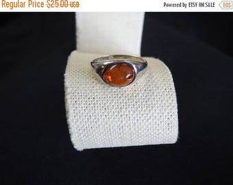 ON SALE stunning vintage sterling silver and amber solitare ring size 8