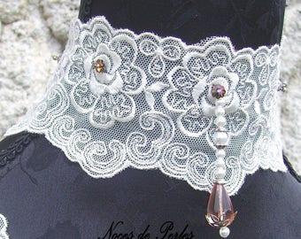Lace finery necklace and bracelets
