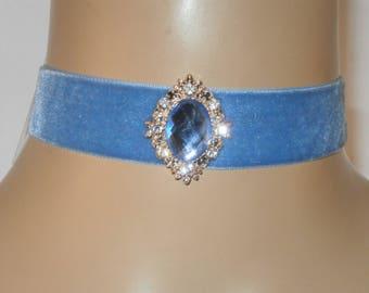 Velvet Choker with Ornate Central Diamante Jewel FREE GIFT BOX